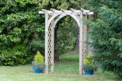NEW HORIZON ARCH WOODEN PRESSURE TREATED (1.8 x 1.3 x 2.2m)