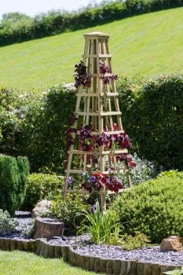 NEW SNOWDON OBELISK WOODEN PRESSURE TREATED (0.6 x 0.6 x 2m)
