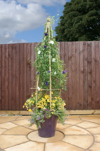 NEW LARGE CLEMANTIS FLOWERBELL WOODEN PRESSURE TREATED (0.5 x 0.5 x 1.7m)