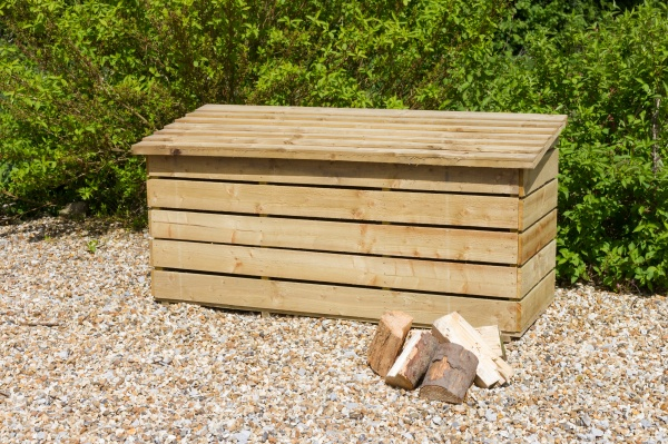NEW LOG CHEST WOODEN PRESSURE TREATED (1.8 x 0.72 x 0.84/0.76m)